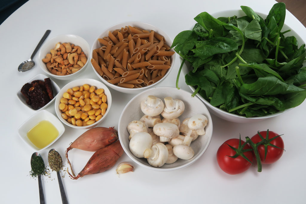 Pasta met cashew- lupinesaus ingrediënten