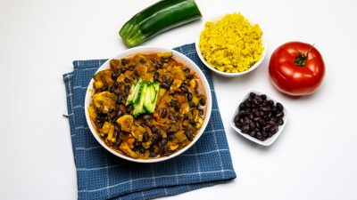 Vegan zwarte bonen curry